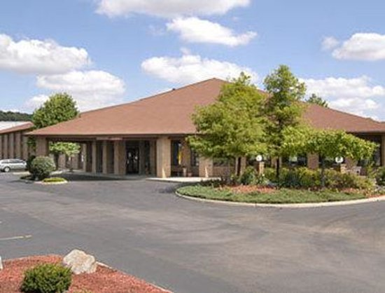 Baymont Inn & Suites Lancaster: Welcome to the Baymont Lancaster