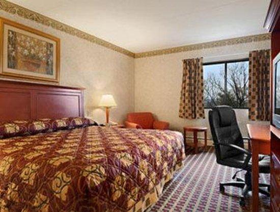 Baymont Inn & Suites West Lebanon : Standard King