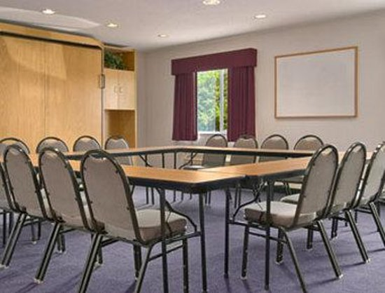 Photo of Baymont Inn & Suites Freeport