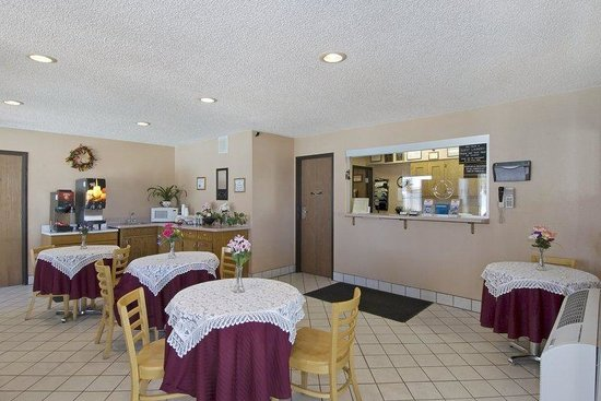 Americas Best Value Inn - Sierra Vista: Lobby