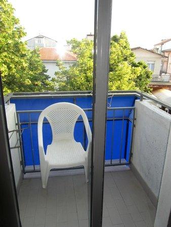 Hotel Paloma: Балкон и вид из номера