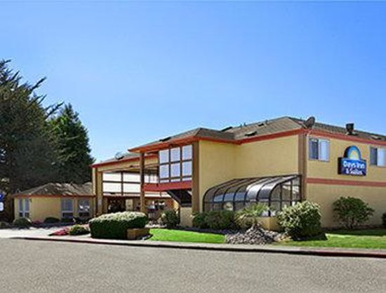 Days Inn & Suites Arcata: Welcome to the Days Inn and Suites Arcata