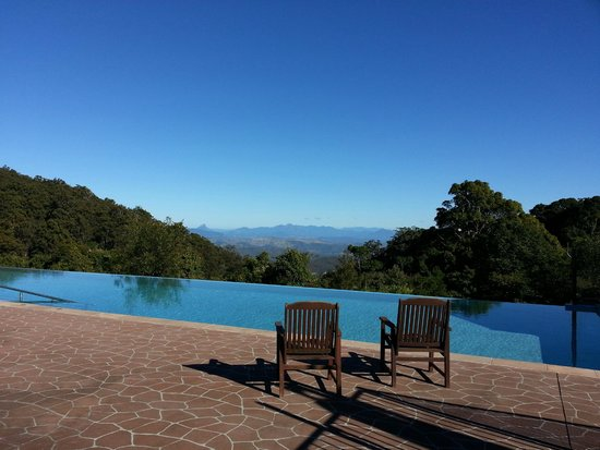 O'Reilly's Rainforest Retreat, Mountain Villas and Lost World Spa: View from Spa room
