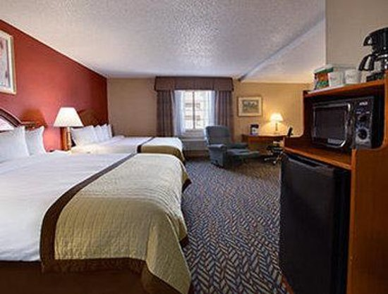 Baymont Inn & Suites Oklahoma City Airport: Double King Suite