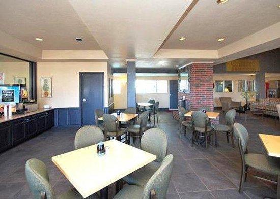 Comfort Inn & Suites: Restaurant