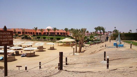 Resta Reef Resort : Strand