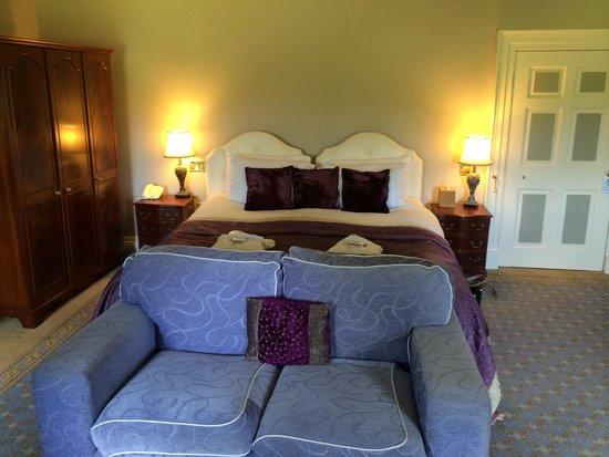 Peterstone Court Hotel: Bedroom