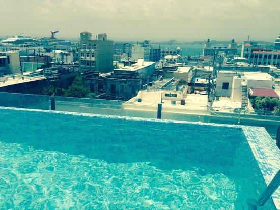 La Terraza de San Juan: Rooftop infinity pool
