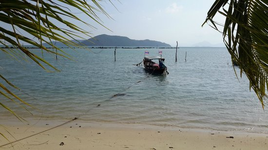 Tropical Garden Lounge Hotel: Beach (around 500 meters)