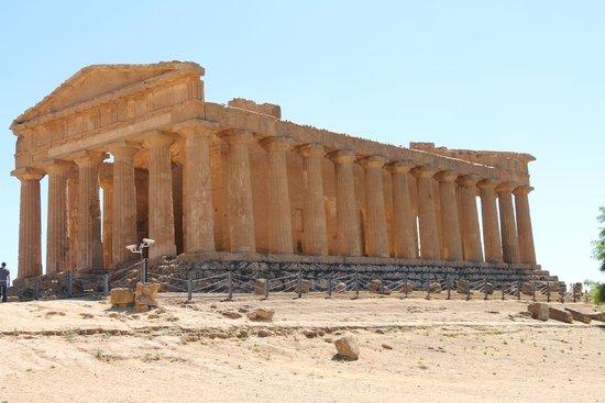 Tempio della Concordia : imponente
