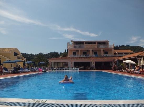 Alkyon Hotel: fab pool