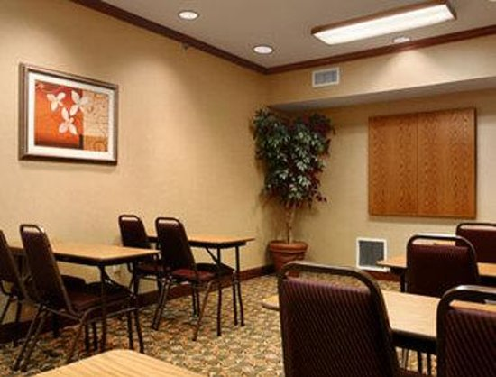 Baymont Inn & Suites Kennesaw: Meeting Room