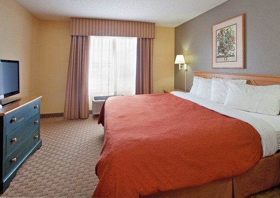 Country Inn & Suites By Carlson, Bloomington-Normal West: CountryInn&Suites Bloomington  GuestRoom
