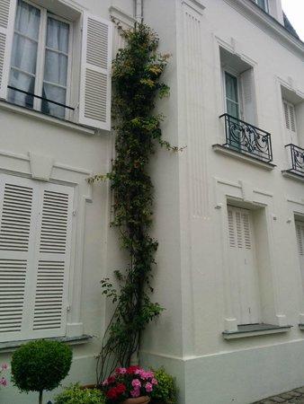 Manoir de Beauregard : view of the building