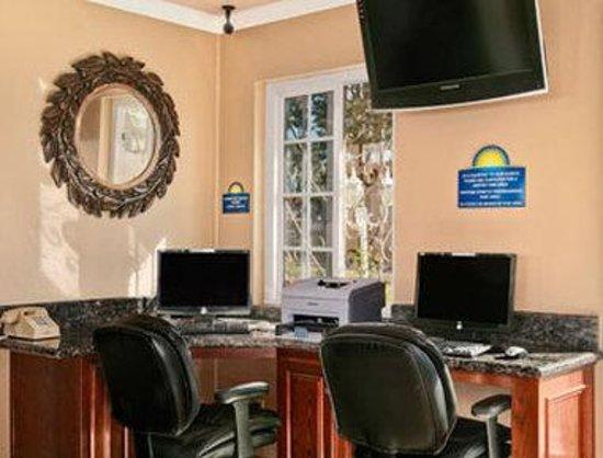 Days Inn Camarillo - Ventura: Business Center
