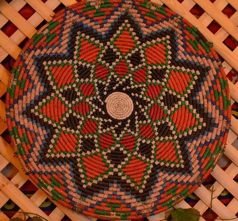 Amman Pasha Hotel: weave