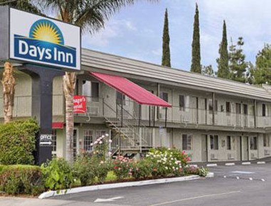 Days Inn San Bernardino Near San Manuel Casino: Welcome to Days Inn San Bernardino/Highland Ave