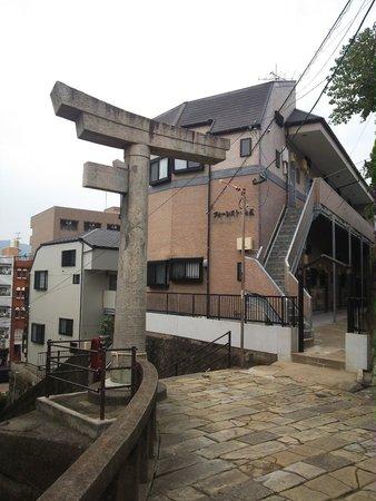 One-legged Torii : 13.11.09【山王神社二の鳥居】神社側から見た鳥居