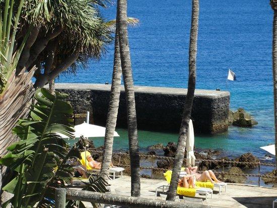 Los Fariones Hotel: Les jardins, le solarium, la piscine, la plage privée