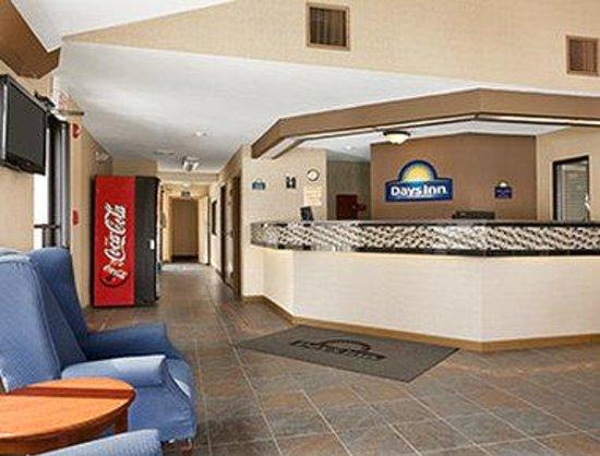 Days Inn Middletown/New Hampton: Lobby
