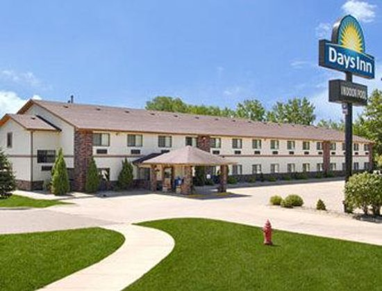 Welcome to the Days Inn Mankato  Range St