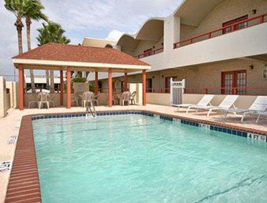Days Inn Rockport: Pool