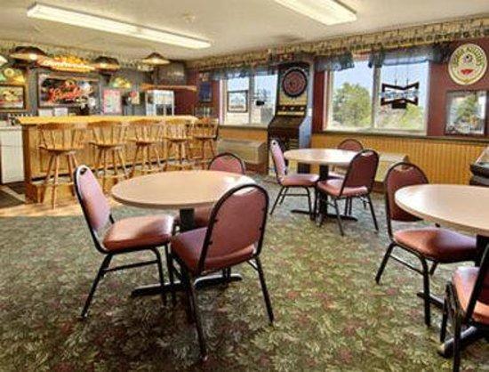 Days Inn West-Eau Claire : The Pub