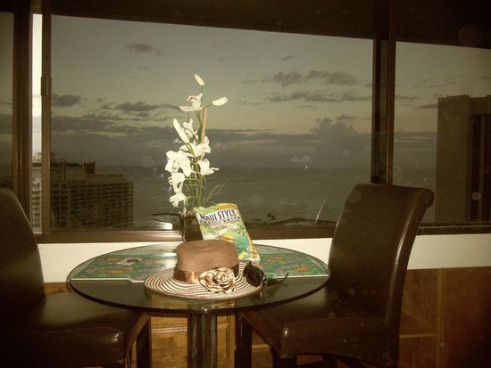 Marina Tower Waikiki 36th Floor