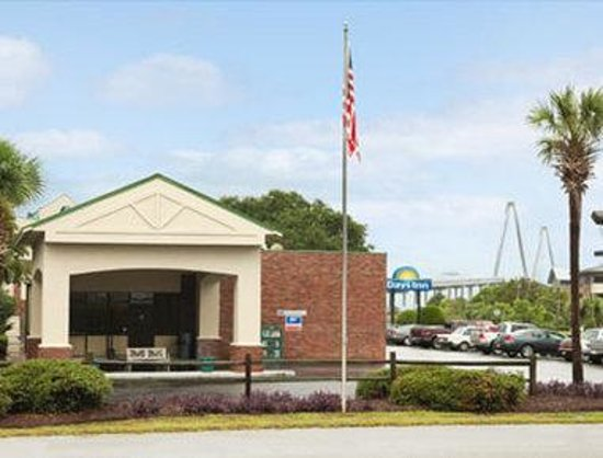 Days Inn Mount Pleasant-Charleston-Patriots Point: Welcome To Days Inn Charleston Patriots Point