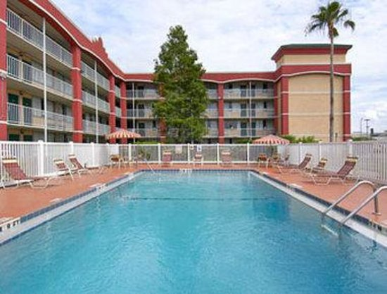 Photo of Days Inn Orlando North Of Universal Studios Edgewood