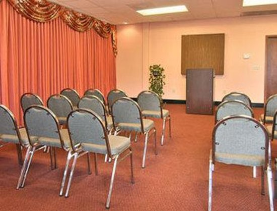 Days Inn Hampton: Meeting Room