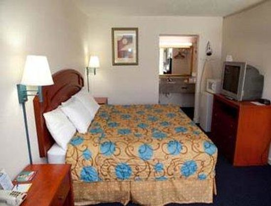 Days Inn Tallahassee-Government Center : Guest Room