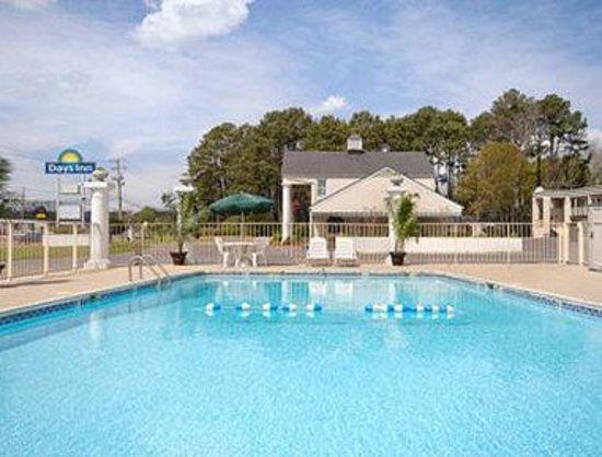 Days Inn Natchez : Pool