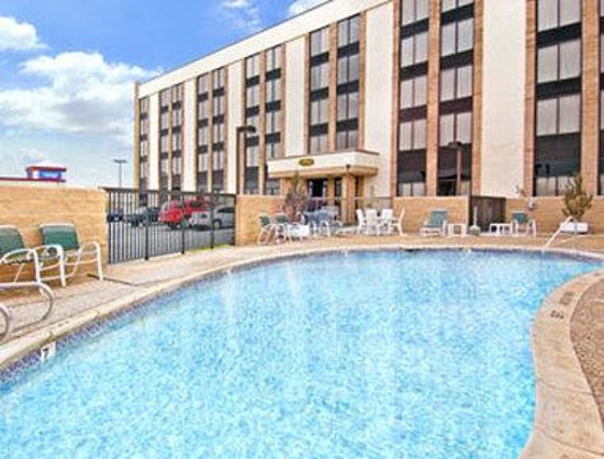 Days Inn East Amarillo Texas: Pool