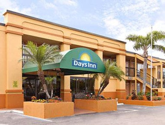 Travelodge Fort Myers North: Welcome to Days Inn, Fort Myers