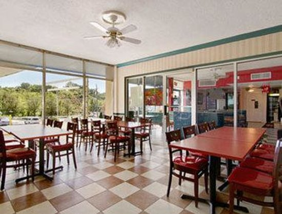 Photo of Days Inn Alexandria South