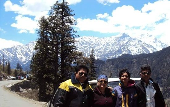 Snow Valley Resorts: Manali - A great place to enjoy with family