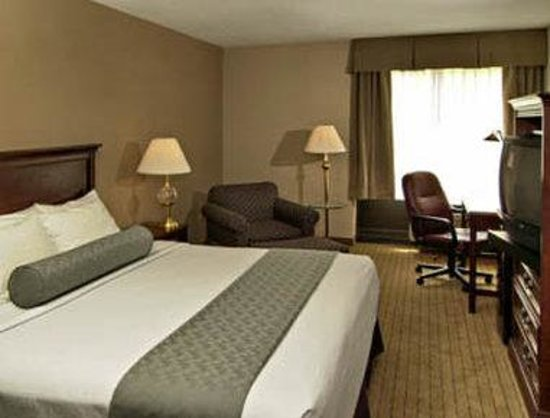 Days Inn Horsham Philadelphia: Standard King Bed Room