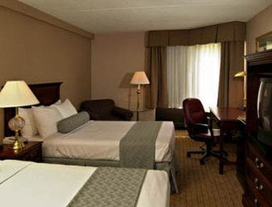 Days Inn Horsham Philadelphia: Standard Two Double Bed Room
