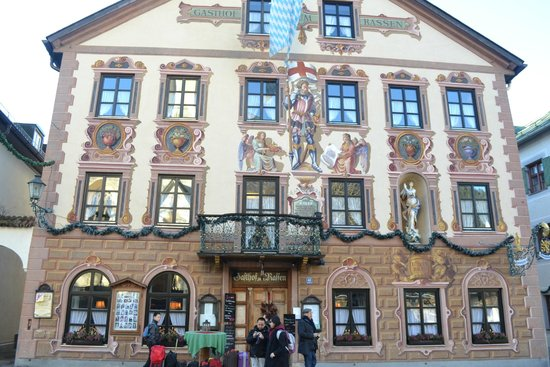 Lovely painted exterior of Gasthof zum Rassen
