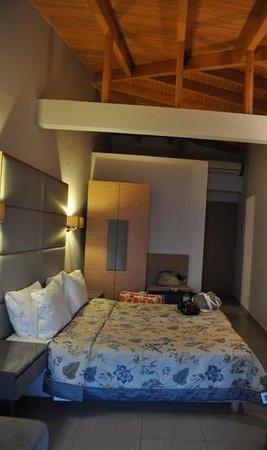 Valtos Beach & Gogozotos Residence: room