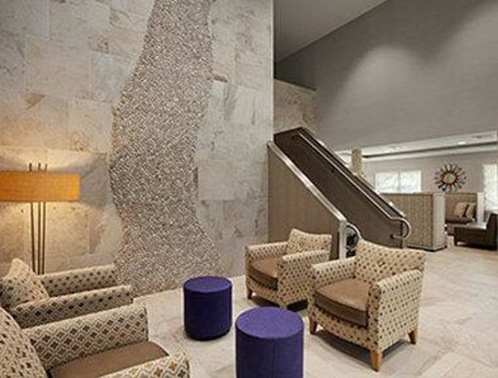 Comfort Inn Williamsburg Gateway : Lobby