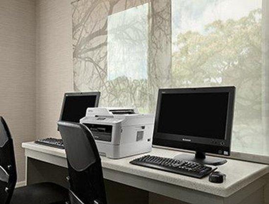 Comfort Inn Williamsburg Gateway: Business Center
