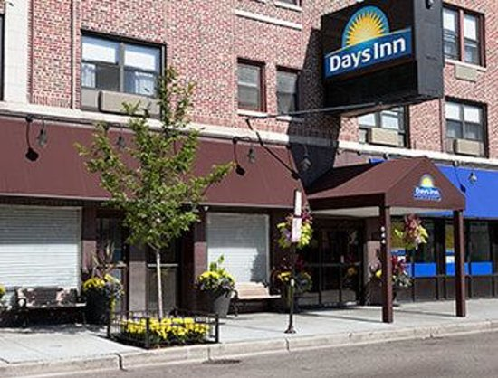 Days Inn Chicago: Entrance
