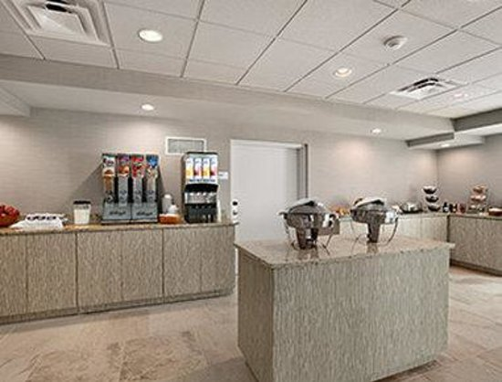 Comfort Inn Williamsburg Gateway: Breakfast Area