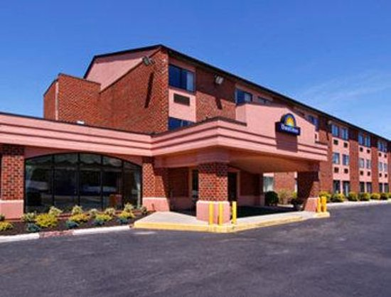 Days Inn Martinsburg WV