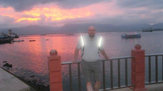 City Baywalk: I got the glow