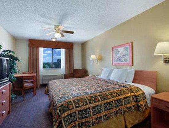 Days Inn Bernalillo: Standard King Bed Room