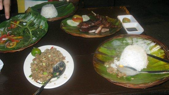 Puerto Princesa City Baywalk Park: yummy foods