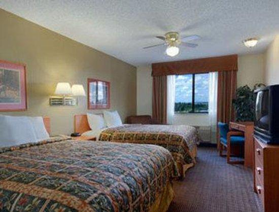Days Inn Bernalillo: Standard Two Double Bed Room